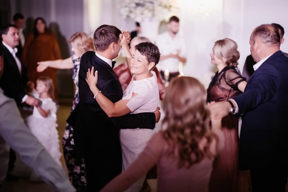 """KUSЬ WEDDING"" ЮРА И АЛИНА фото 56 min"